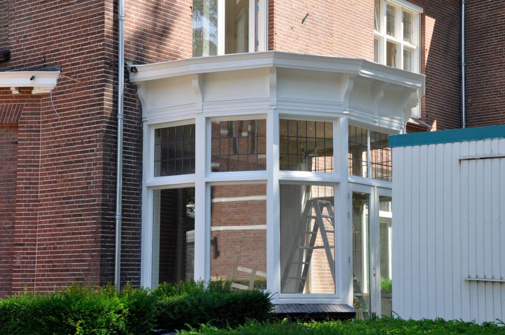 Parklaan Eindhoven. Schilderwerk kantoorpand. Opdrachtgever: Bouwbedrijf DOBU @ Dusol VGO
