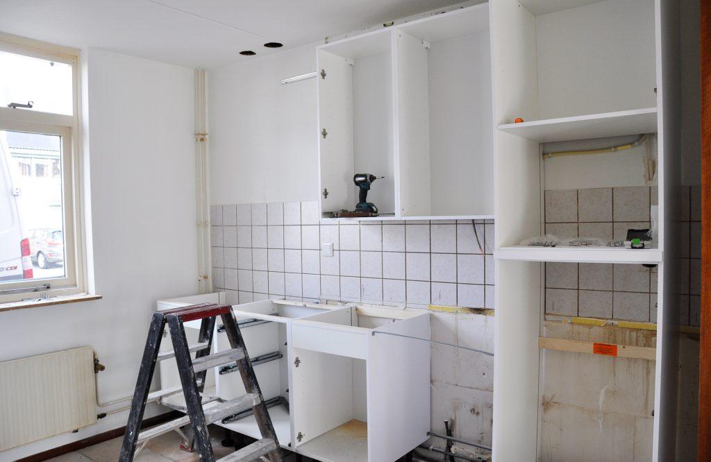 nieuwe keuken in aanbouw © Dusol Vastgoedonderhoud