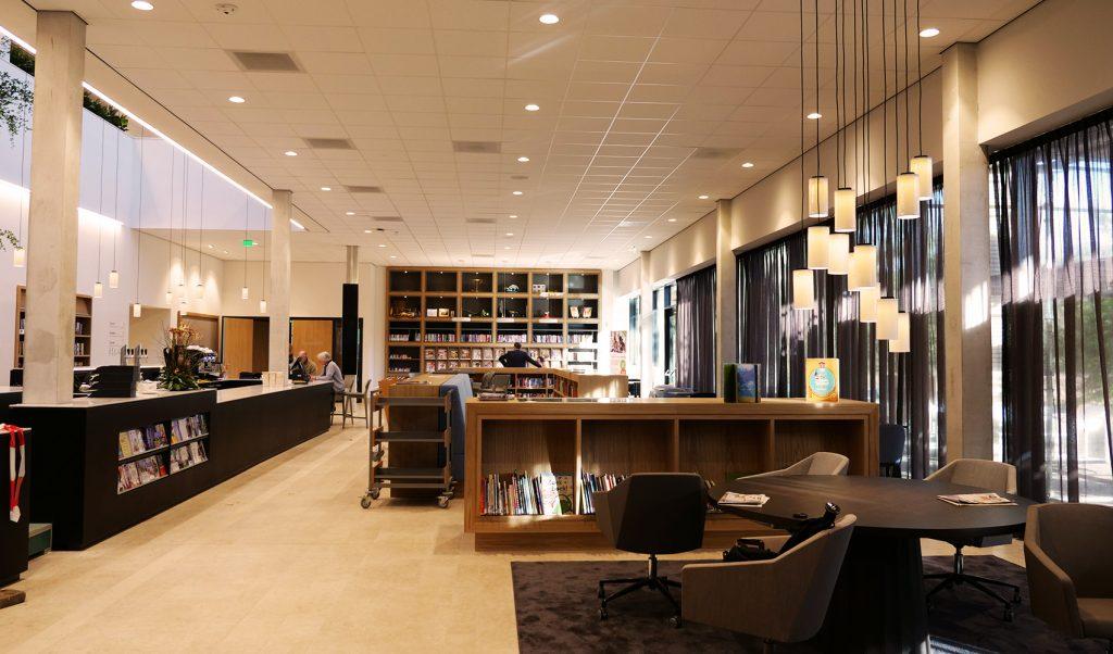Multifunctioneel Gemeentehuis Waalre- bibliotheek